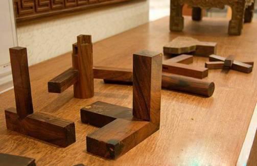 榫卯结构是红木家具制作的工艺和价值之一