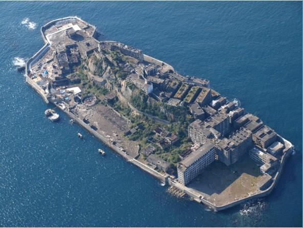 """从""""端岛""""到""""军舰岛""""日本最著名的城市废墟"""