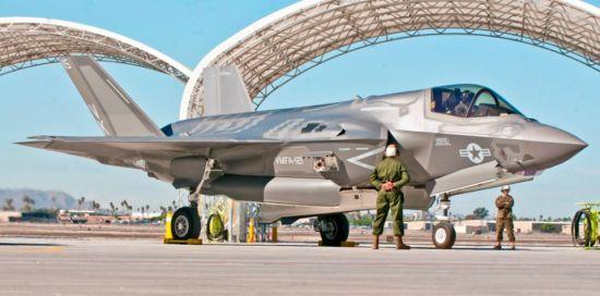 战机 飞行中队 美国海军陆战队 战斗性能 首飞
