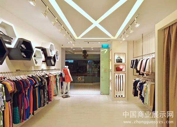 新加坡showgirl精品时装店店铺设计