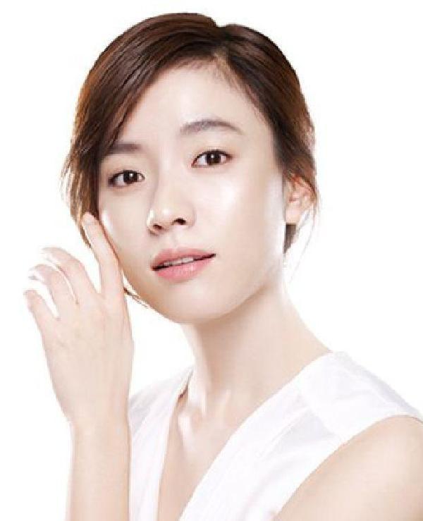 长大头像网为您提供多张韩国年轻女明星图片