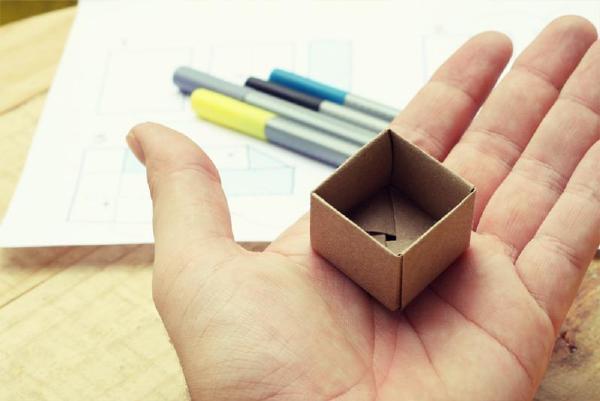 下面我们提供了模板和动图的步骤图解来为大家展示盒子的制作教程