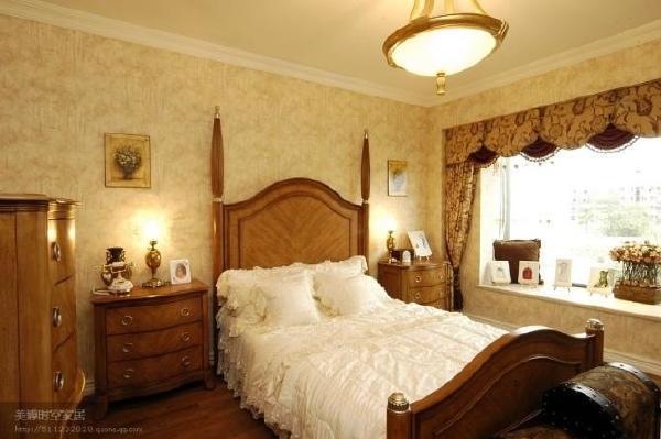 墙布配窗帘卧室
